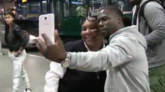 bus-driver-fired-selfie-kevin-hart